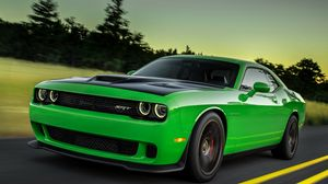 Preview wallpaper 2015, dodge, challenger, green, side view, speed