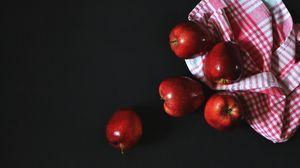 Preview wallpaper apples, towel, fruit, ripe