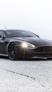 Preview wallpaper aston martin, vantage, black, bump