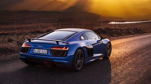 Preview Wallpaper Audi R8 V10 Blue Side View