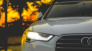 Preview wallpaper auto, front view, motion blur