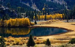 Preview wallpaper autumn, lake, trees, mountains