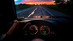 Preview wallpaper автомобиль, руль, дорога, путешествие, закат
