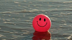 Preview wallpaper balloon, smile, smiley, happy, water