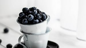 Preview wallpaper blueberries, cups, berries, ripe