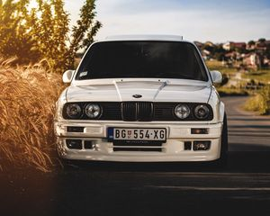 Preview wallpaper bmw, 325i, e30, white, auto