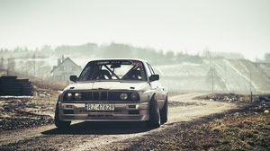 Preview wallpaper bmw, e30, drift, front view