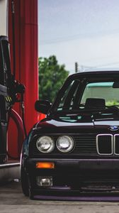 Preview wallpaper bmw, filling station, front bumper