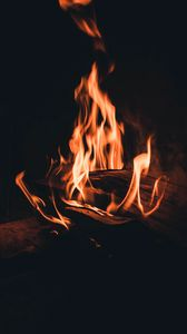 Preview wallpaper bonfire, fire, flame, firewood, night, darkness, dark