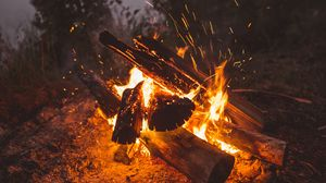 Preview wallpaper bonfire, fire, sparks, firewood