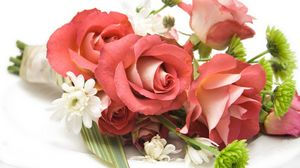 Preview wallpaper bouquet, composition, beautiful, roses, flowers
