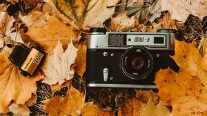 Preview wallpaper camera, autumn, foliage, retro, vintage, photographic film
