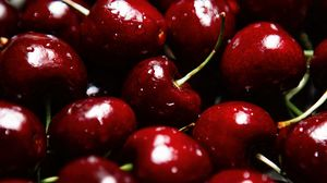 Preview wallpaper cherries, berries, red, wet, ripe, macro
