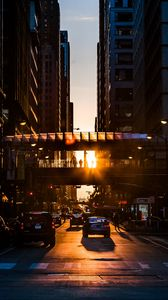 Preview wallpaper city, street, traffic, sunset, transportation
