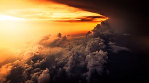 Preview wallpaper clouds, overcast, sky, sunset, porous