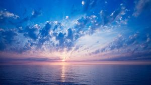 Preview wallpaper clouds, sun, sky, air, shades, sea, calm, evening, horizon