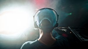 Preview wallpaper dj, headphones, cap, smoke, music