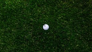 Preview wallpaper golf, ball, grass, lawn
