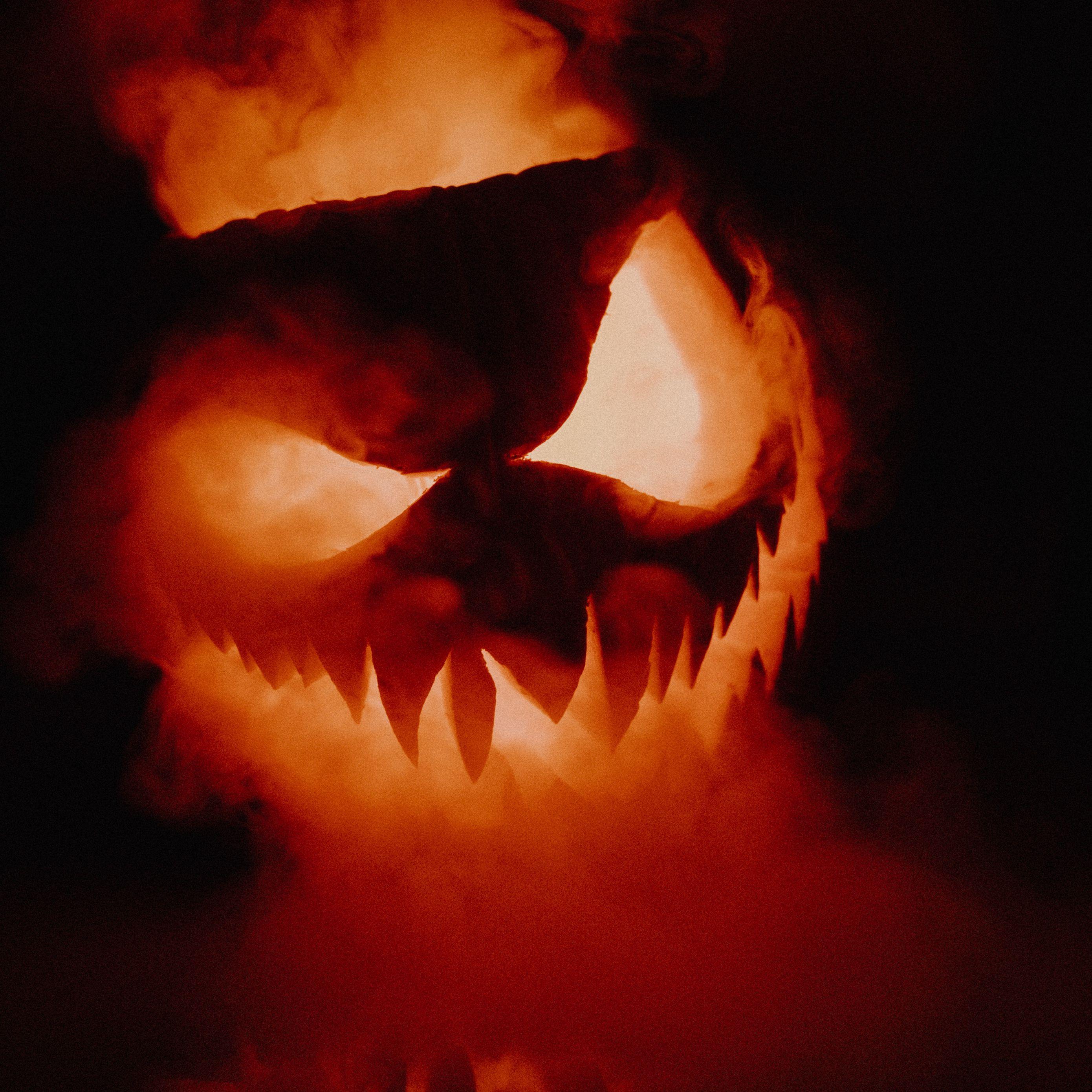 Wonderful Wallpaper Halloween Ipad Mini - halloween_pumpkin_smoke_118341_2780x2780  Trends_20487.jpg