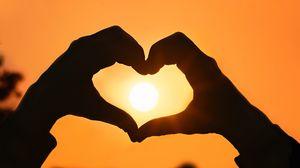Preview wallpaper hands, fingers, heart, sun, sunset