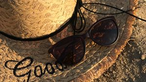 Preview wallpaper hat, glasses, beach, inscription, words