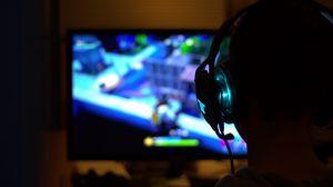 Preview wallpaper headphones, headset, gaming, glowing, dark, gamer