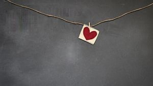 Preview wallpaper heart, red, napkin, rope, clothespin