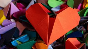 Preview wallpaper hearts, origami, paper, colorful