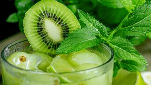 Preview wallpaper kiwi, mint, fruit, drink, glass, drops