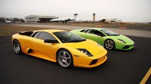 Preview wallpaper lamborghini, cars, sports cars, yellow, green, parking