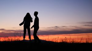 Preview wallpaper love, together, silhouette, dusk