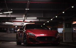 Preview wallpaper maserati granturismo, maserati, luxury, luxurious, front view