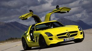 Preview wallpaper mercedes-benz, yellow, sls, amg, e-cell, coupe