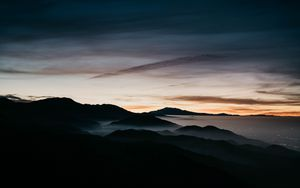 Preview wallpaper mountains, fog, sky, night
