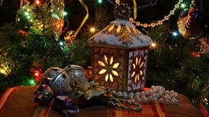 Preview wallpaper new year, christmas, tree, lights, toys, garlands, decoration