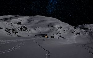 Preview wallpaper night, snow, mountains, footprints, winter