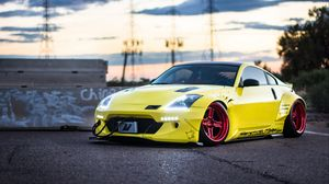 Preview wallpaper nissan 350z, yellow, side view