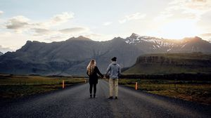 Preview wallpaper pair, love, romance, road, mountains