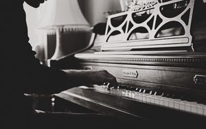 Preview wallpaper piano, hands, vintage, music, bw