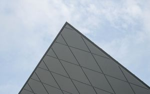 Preview wallpaper pyramid, angle, sky, minimalism
