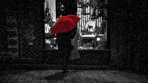 Preview wallpaper rain, umbrella, bw, man, showcase, loneliness, night, walk