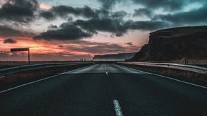 Preview wallpaper road, marking, clouds, dawn