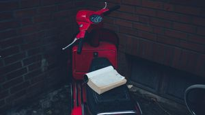 Preview wallpaper scooter, moped, book