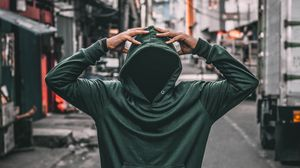 Preview wallpaper hood, hoodie, man, street