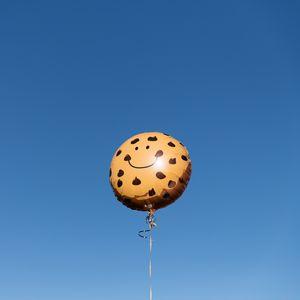 Preview wallpaper air balloon, smiley, smile, sky