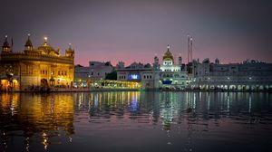 Preview wallpaper amritsar, india, punjab, city, evening, temple, harmandir sahib, water, reflection