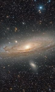 Preview wallpaper andromeda galaxy, stars, glow, space