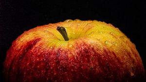 Preview wallpaper apple, fruit, fresh, drops, macro