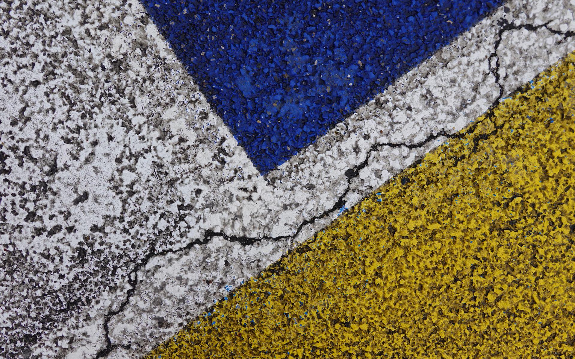 1920x1200 Wallpaper asphalt, paint, cranny, texture, surface