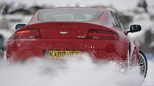 Preview wallpaper aston martin, v8, 2008, red, rear view, style, drift, snow